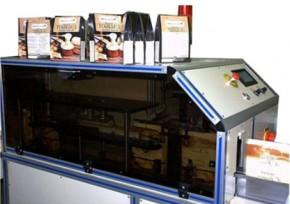 Machine spéciale pour mise en boite de produits lyophilisés