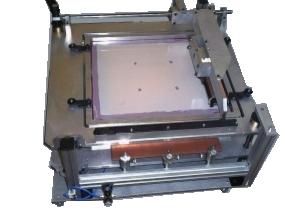 Développement de systèmes d'application de soudage de CMS sur circuits électroniques